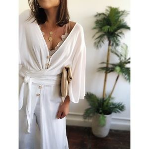 Tops - 🆕Moana Off White Longline Coverup Top